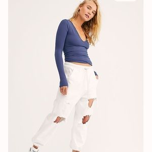 🌺New! Free People Seamless Solid Deep V